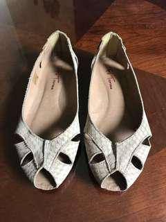 Leather flats shoes size 36