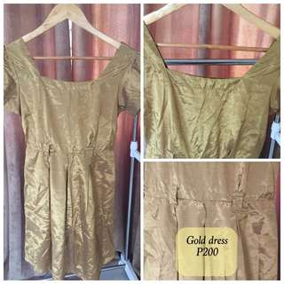 GOLD dress Slightly Used in Good Condition
