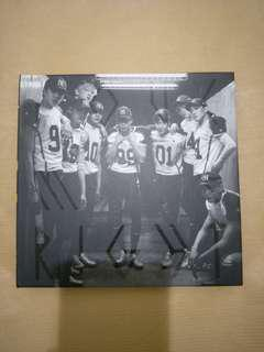 Exo love me right (Chinese ver)