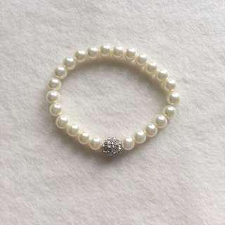 Pearl Bracelet with Accent