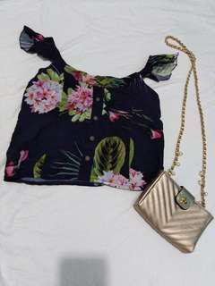 Trendy floral top
