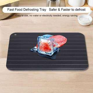 Defrost tray defrosting plate