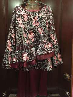 Floral kurung lace sulam/peplum