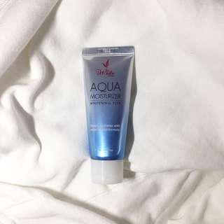 iWhite Korea Aqua Moisturizer