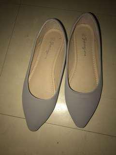 灰色平底鞋37.5siz