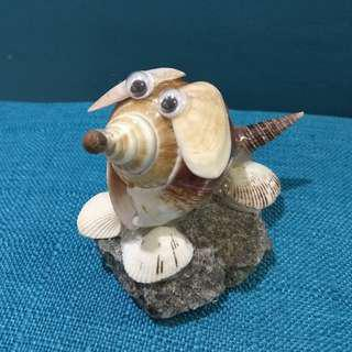 Seashell Art - Doggy figure