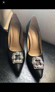 Sparkle shoes 8 1/2