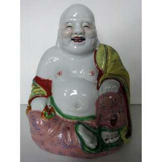 Famille Rose Porcelain Happy Laughing Buddha (粉彩弥勒佛像)