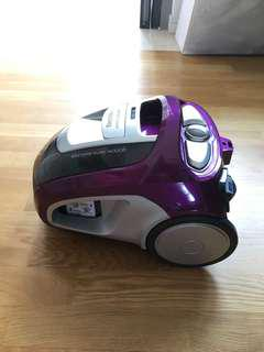 Vacuum Cleaner - 4 month warranty