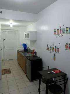 Fully furnished Manila studio unit, very accessible area, near la salle and other Ubelt