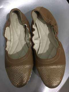 Symbolize Shoes size 37