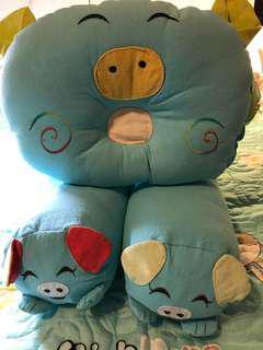 $20 - pillows set for infant