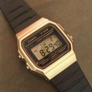 Casio F-91 電子錶 黑金色 全新