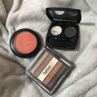 MAKE UP BUNDLE 1