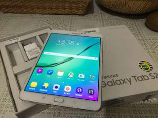 Samsung galaxy tab S2 (T710)3GB ram/32GB rom