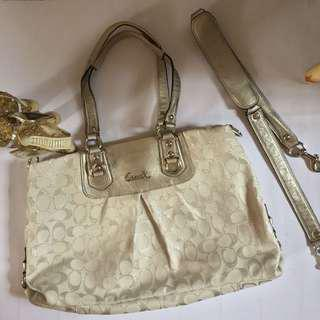 Coach White & Silver Hand Bag (AUTHENTIC)
