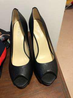 Nine West never used shoes