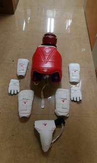 跆拳道 保護裝備 全套 頭盔 護甲