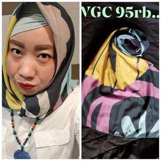 Geya print scarft