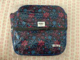 Milky Cooler Bag