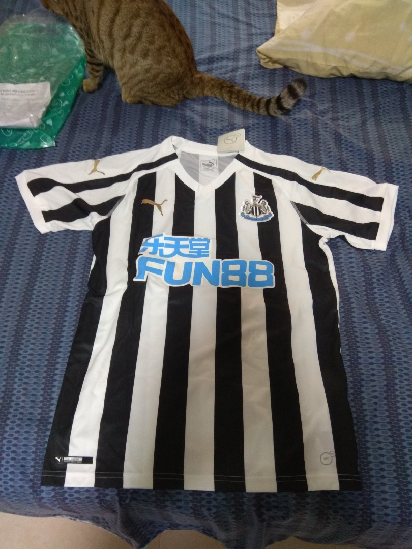 2bb6db640 2018 19 Newcastle United home kit