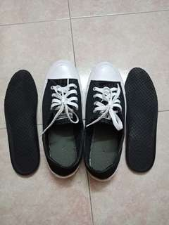 Authentic Converse with Removable Sole