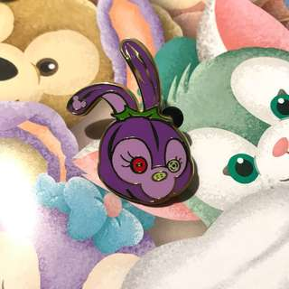 Disney halloween pin duffy and friends Stella Lou 香港迪士尼樂園萬聖節徽章 襟章