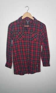 Teenie Weenie Red Button Down Size L