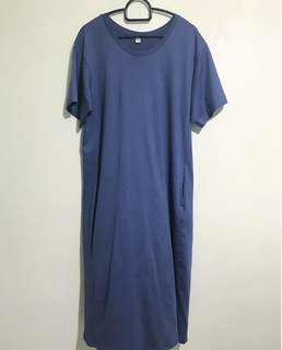 🚚 Uniqlo dusty blue midi t-shirt dress