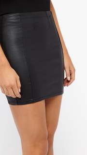 Highwaisted mini skirt