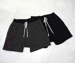 FOG Fear of God Essentials Shorts (M)