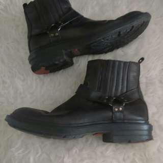 Sepatu cowok jim joker💜