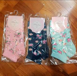BNIP AUTHENTIC Ashlyn Anne Floral Socks
