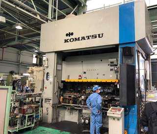 Komatsu 300T Transfer Press