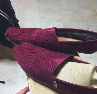 Toms Shoe Maroon