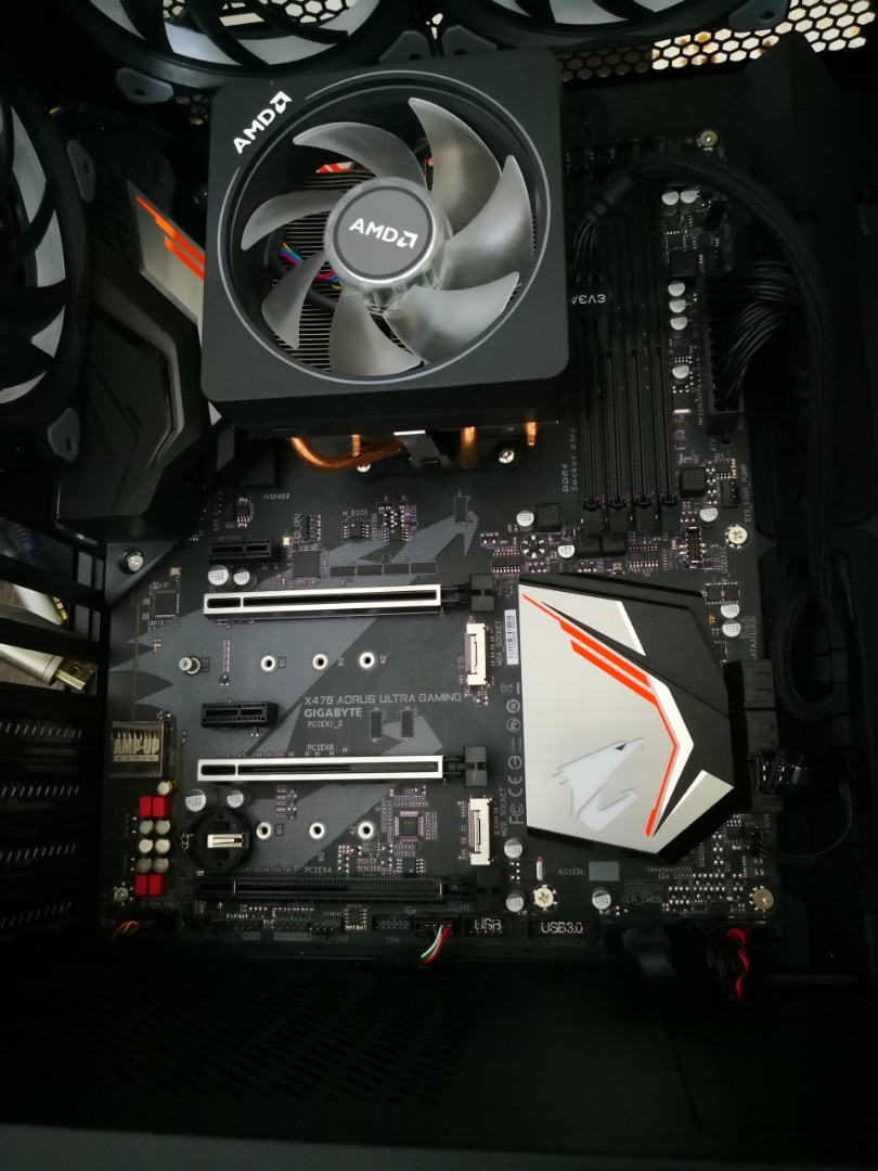 AMD 2700x & Gigabyte x470 aorus ultra gaming used 1mth only