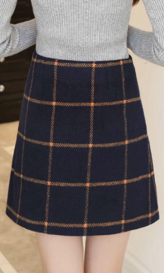 Checkered tartan mini navy skirt