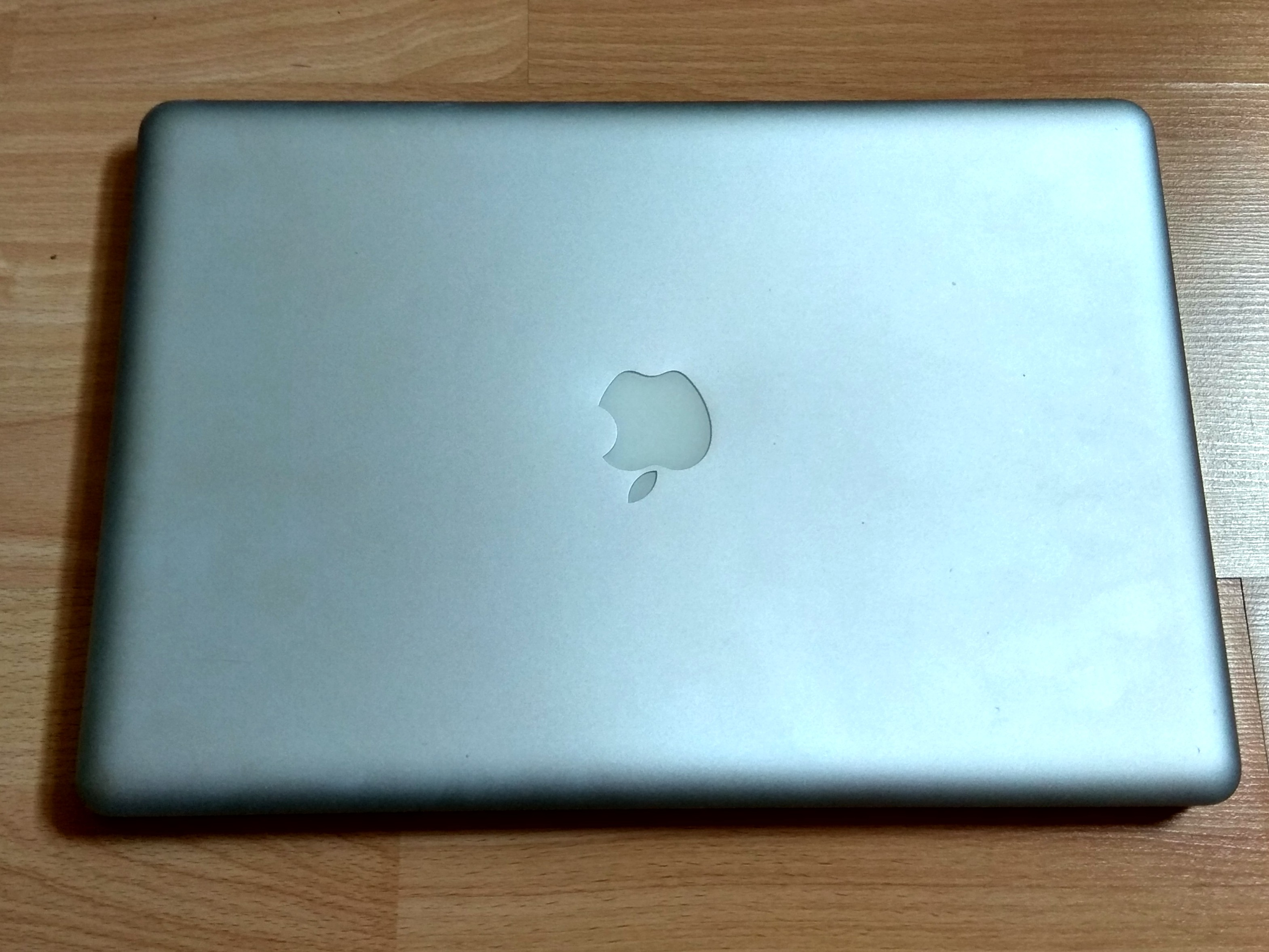 Macbook Pro Late 2011 A1286 (Motherboard spoilt)