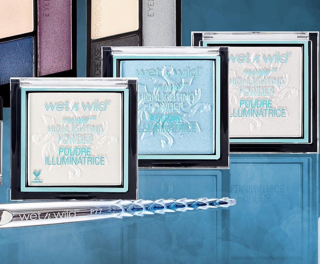 *NEW INSTOCKS* Wet n Wild Fire vs Ice Dragon Limited Edition Megaglow  Highlighters