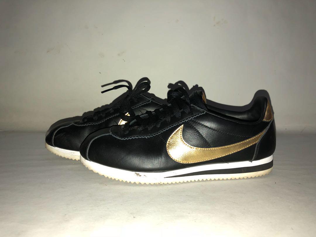 huge selection of 8b9c3 7d777 Nike Cortez premium black and gold, Men's Fashion, Men's ...