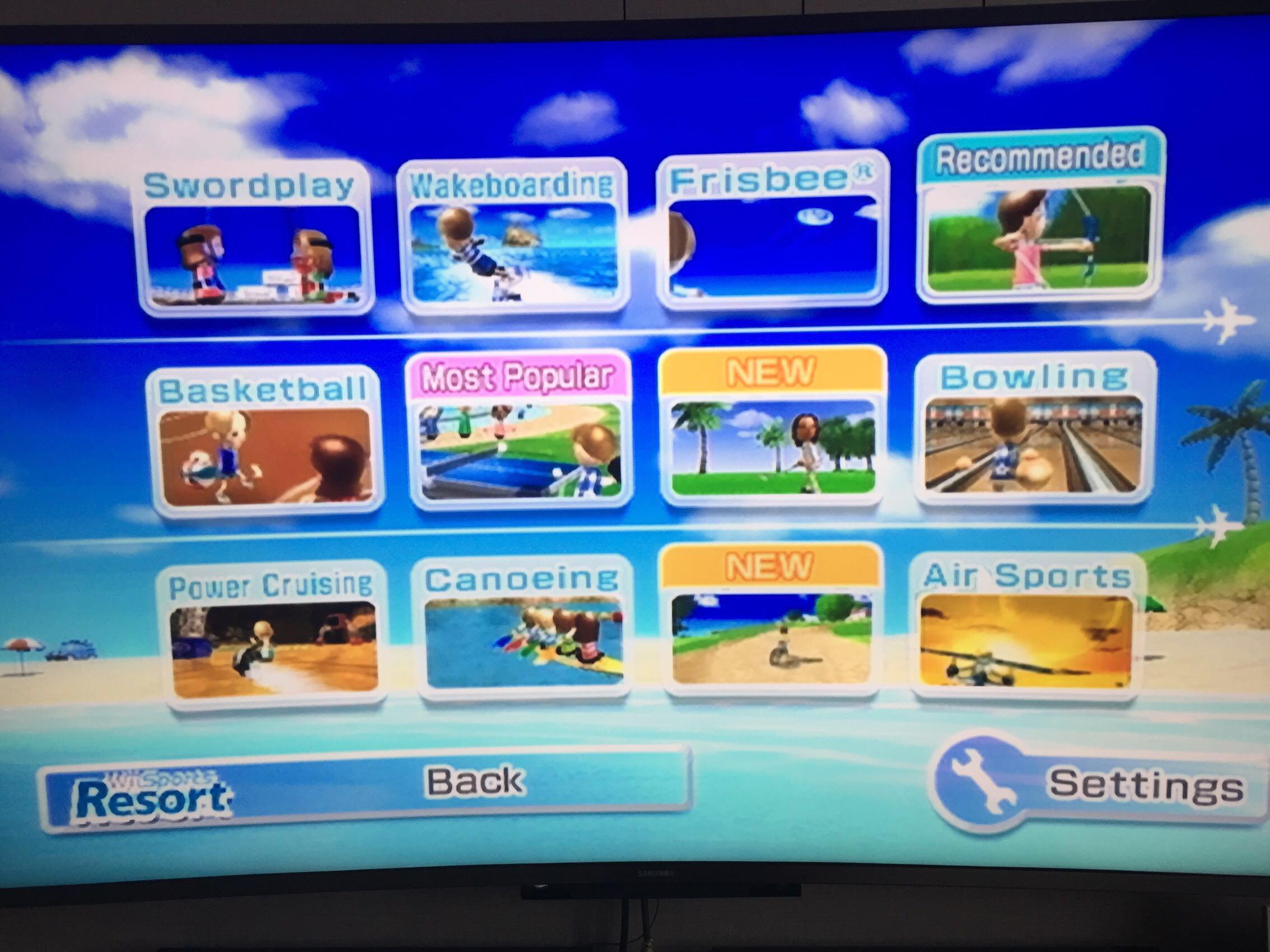 RENTAL] Nintendo Wii Console + 4 Wii Controllers + 4