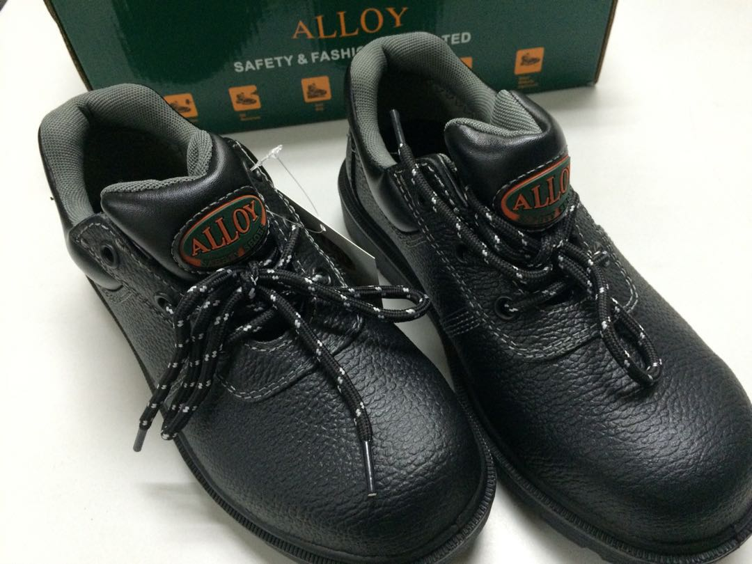 Safety Shoes, Women's Fashion, Shoes on