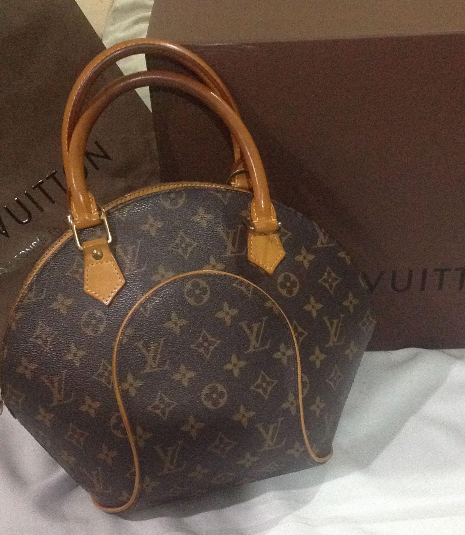 03df7c6b60d Vintage Louis Vuitton
