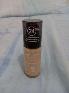Revlon Colorstay 220 (Natural Beige)
