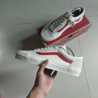 (US8) Vans Style 36 G-Dragon Marshmallow/Racing Red