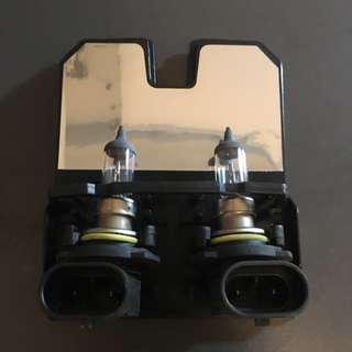 🚚 Philips HB4 9006 Bulb