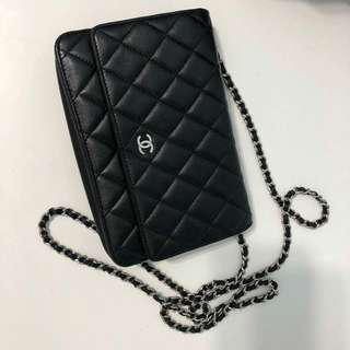 Authentic lambskin chanel woc (wallet on chain)