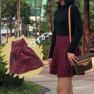 K style plaid Uniqlo skirt pre loved