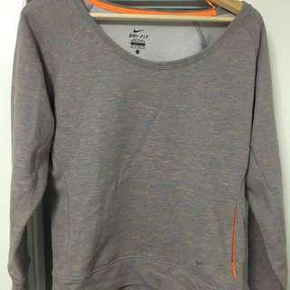 REDUCED | Women's Nike L/S Crewneck Top XS
