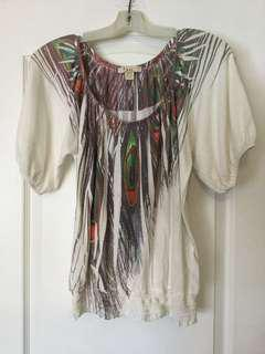 Forever 21 Women's white and multi-coloured scoop-neck top. Size M, Medium. Ladies/Girls/Teens